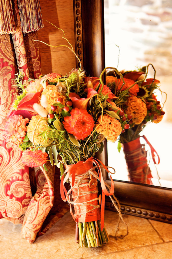 fall-bridal-bouquet-orange-green-texture