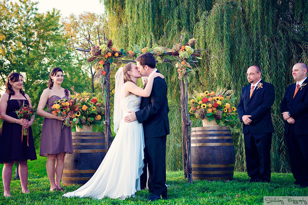 sunset hills vineyard wedding