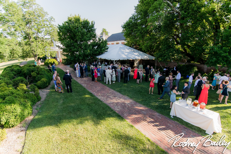 river-farm-alexandria-virginia-tent-summer-wedding