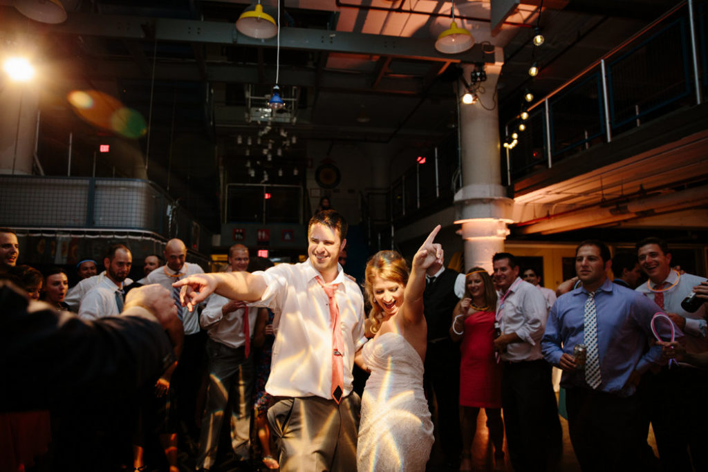 torpedo-factory-wedding-alexandria-va
