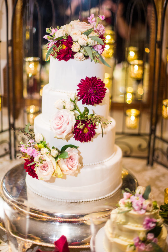 four-tier-round-wedding-cake-beaded-border