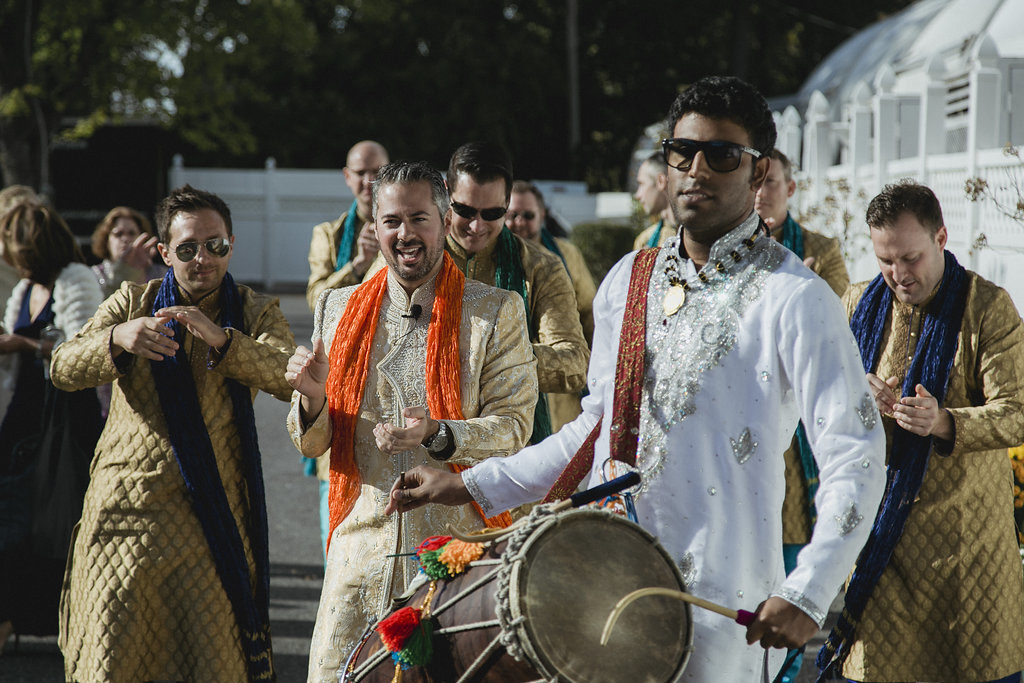 indian-fusion-wedding-baraat-dholi-ram-maryland
