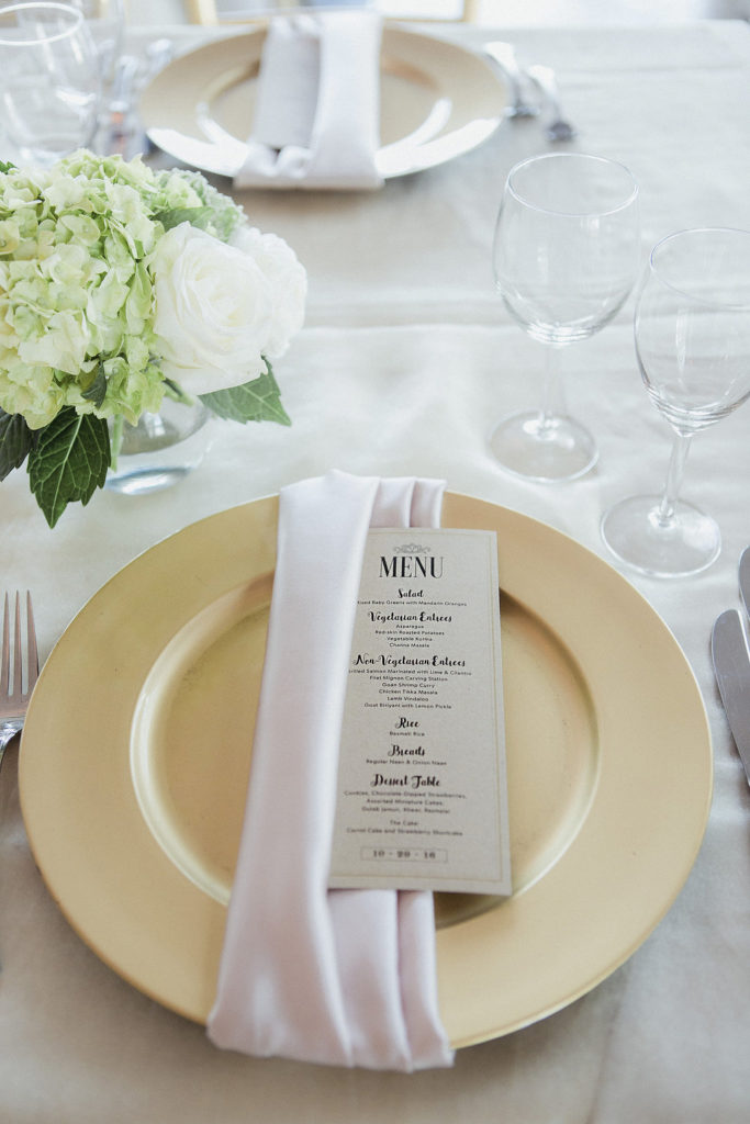 menu-card-gold-charger-plate