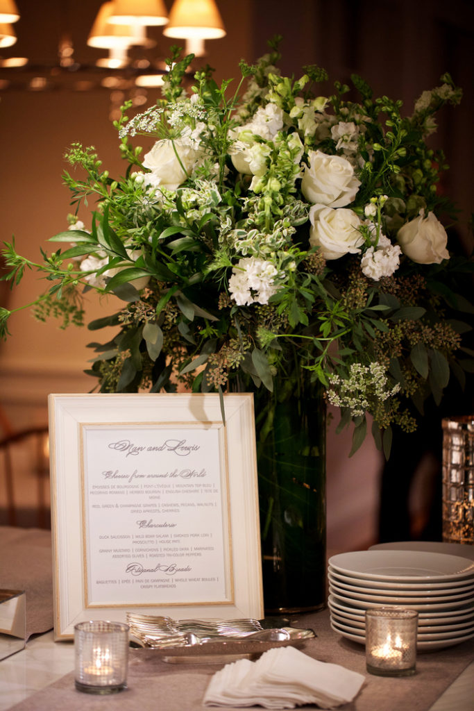 philippa-tarrant-tall-floral-arrangement-white-green-roses-stock-snapdragons-queen-annes-lace