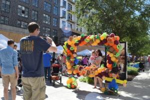 merrifield fall festival 2017 fairfax virginia air odynamic art balloon artist