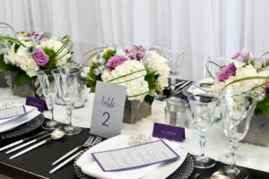 winter-holiday-party-corporate-event-decor-black-white-modern (7)