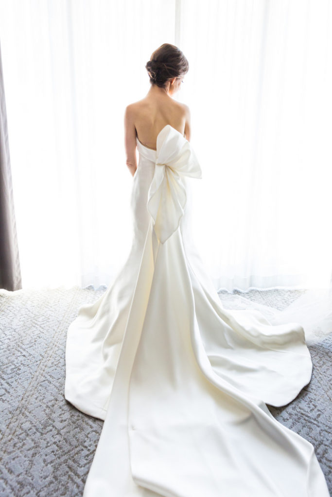 Sareh-Nouri-bow-train-gown-washington-dc-wedding