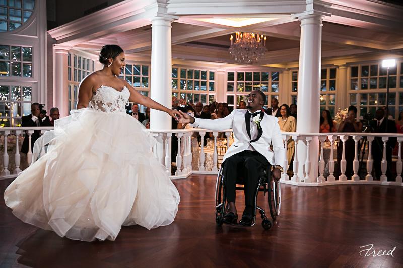 fairmont-hotel-washington-dc-colonnade-ballroom-wedding-first-dance