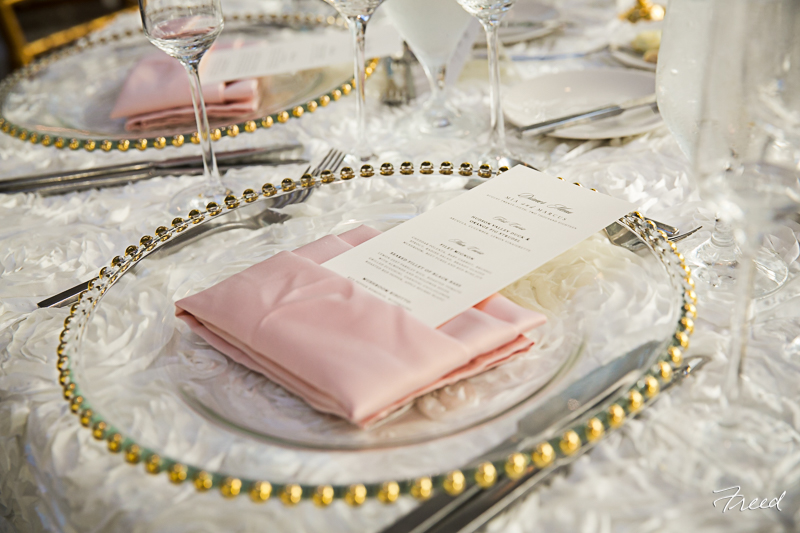 pink-gold-ivory-wedding-romantic-classic-table-design