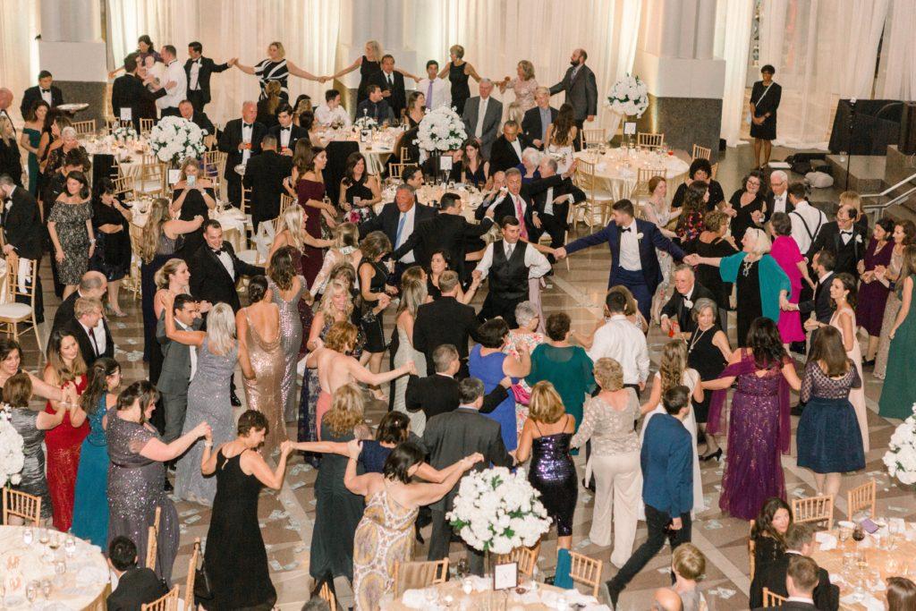 ronald-reagan-building-atrium-wedding-greek-dances