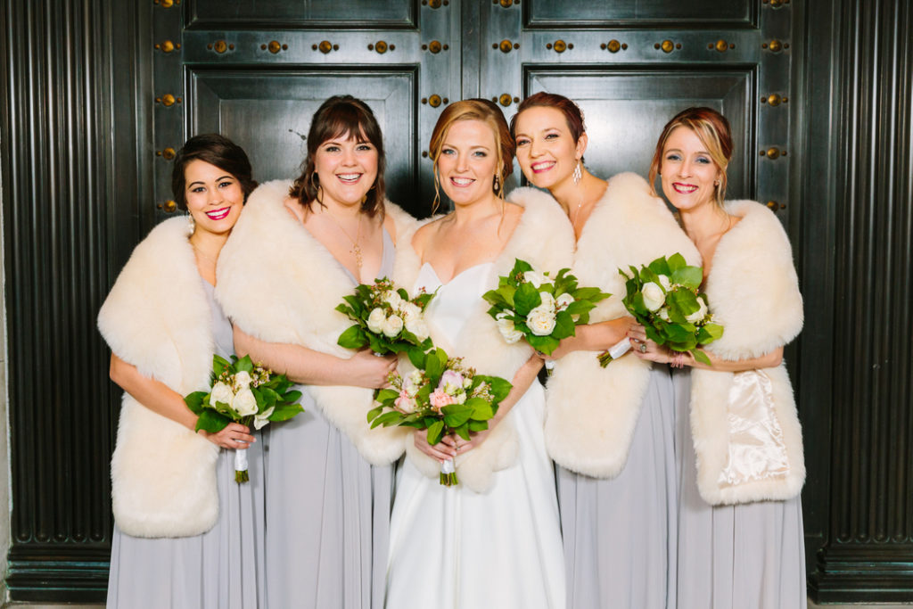 winter-wedding-bridesmaids-fur-wrap