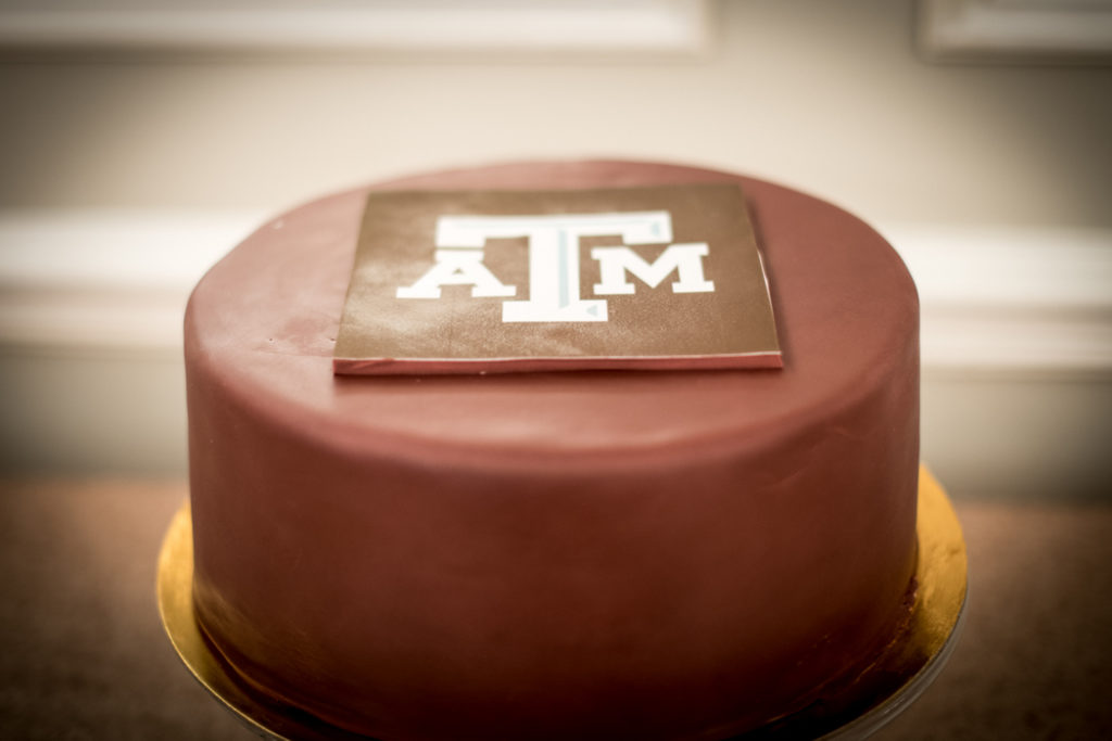 buttercream bakeshop texas A&M grooms cake