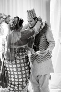 nepali-fusion-wedding-dubo_ko_mala_exchange