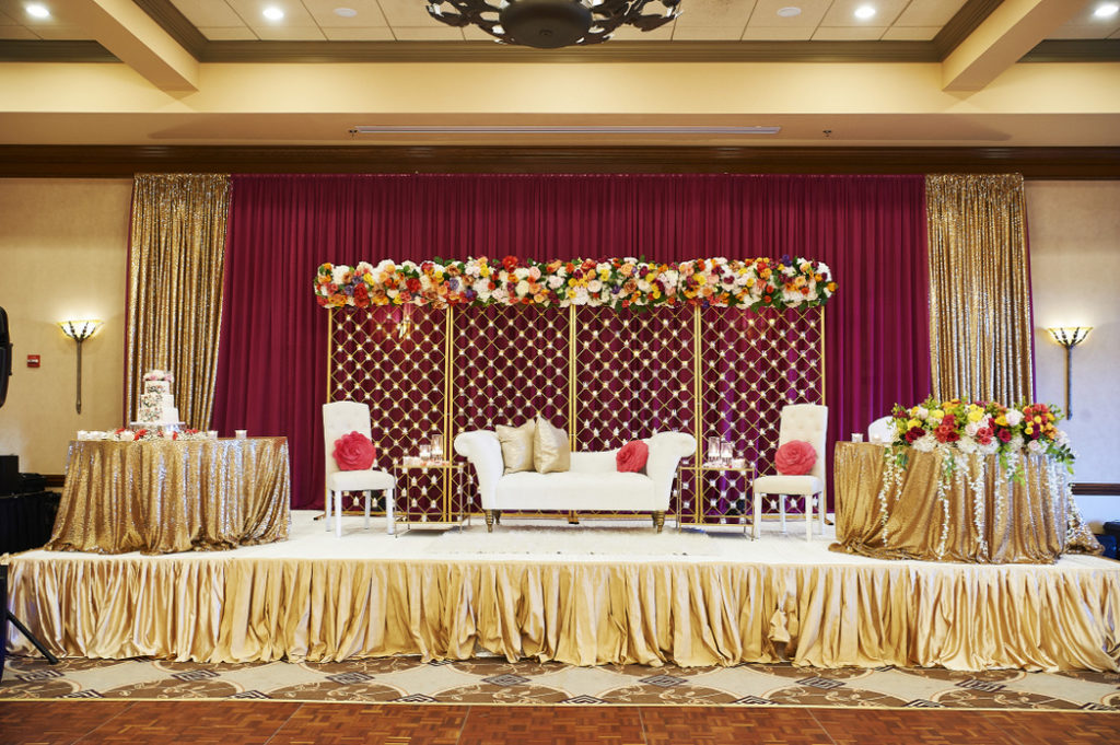 lansdowne_resort_clubhouse_indian_wedding_stage