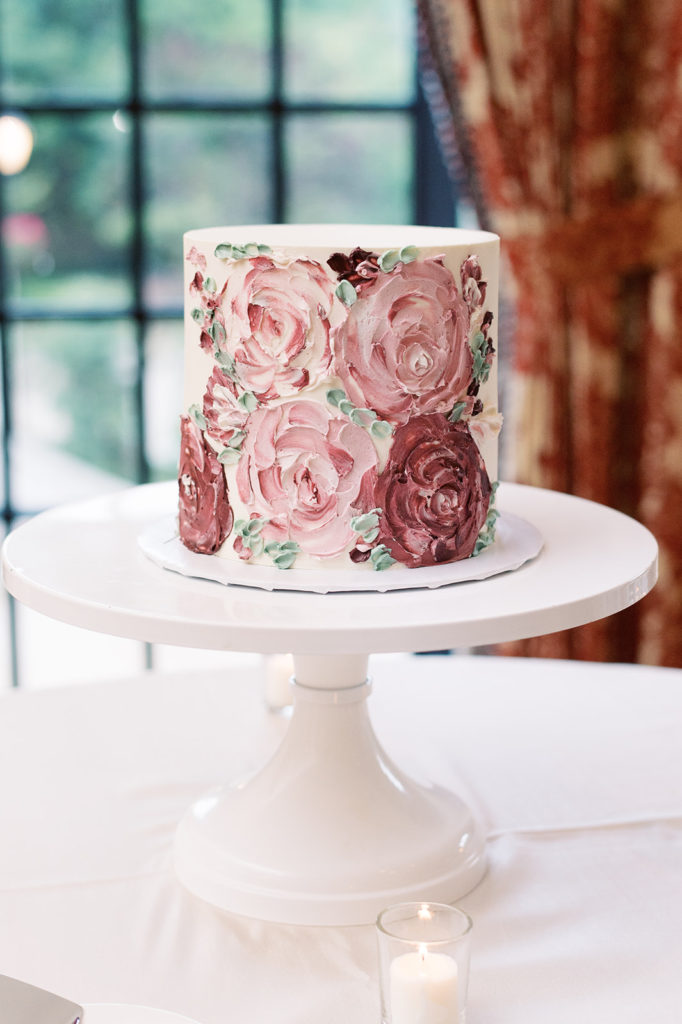 buttercream-bakeshop-one-tier-wedding-cake-hand-painted