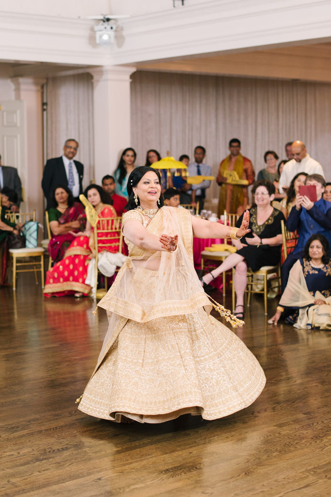 indian-sangeet-wedding-dance-performance