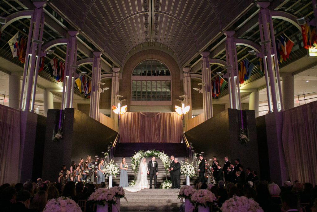 ronald_reagan_building_atrium_wedding_ceremony