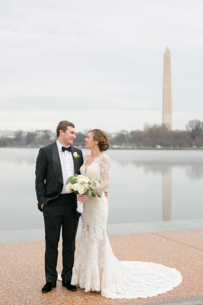 tidal_basin_washington_dc_bride_groom_photo